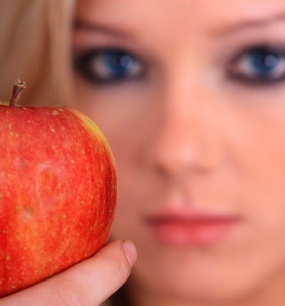 Cildinizi canlandıracak 10 etkili besin